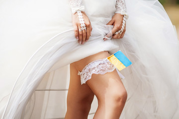 Bride garter closeup