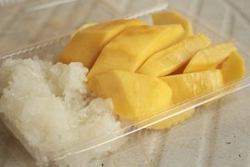 sticky rice with mango ,dessert of Thailand