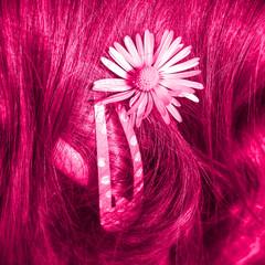 pink - Haarklammer mit Gänseblümchen...