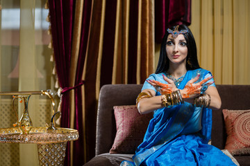Caucasian woman in traditional Indian clothing