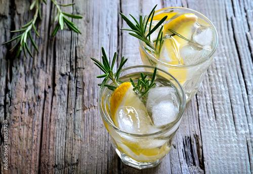 Leinwanddruck Bild Rosemary and lemon soda