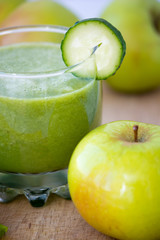 Green smoothie with apples and banana