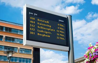 ÖPNV Digitale Echtzeitanzeige Dynamische Fahrgastinformation