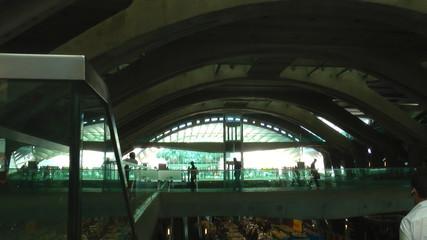 Central transport station people