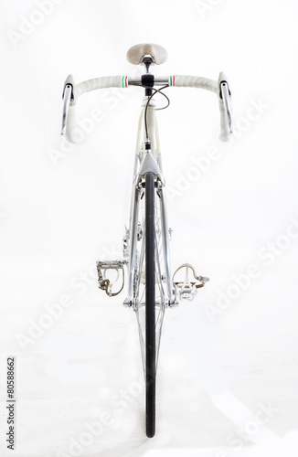 Keuken foto achterwand Fiets vintage racing bike isolated on a white background - front view