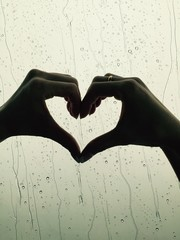 heart sign with hands