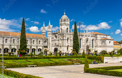 Aluminium Temple View of the Jeronimos Church in Lisbon - Portugal