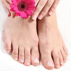 gepflegte Hände und Füße