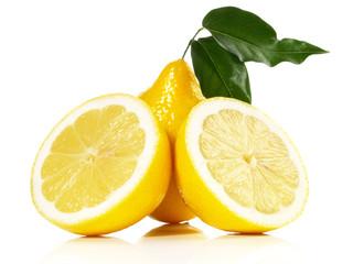 Zitrone mit Blätter