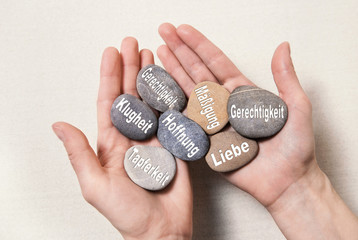 Die göttlichen Tugenden: Konzept Psychologie u. Philosophie