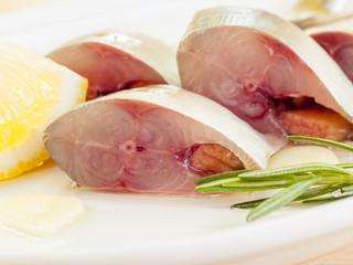 Fresh cutting Mackeral in olive oil.