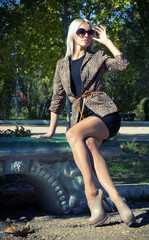 Glamour Beautiful blonde in a jacket