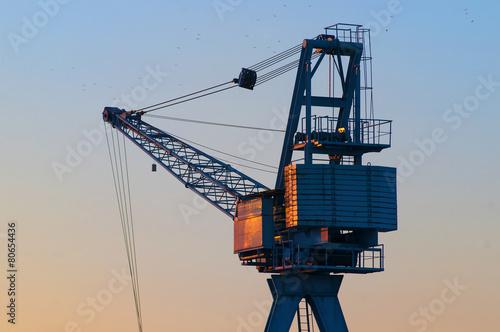harbor crane - 80654436