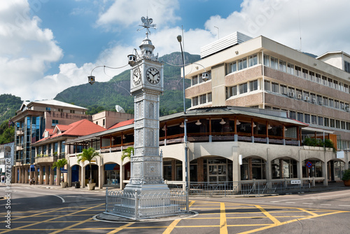 Foto op Canvas Standbeeld The clock tower of Victoria, Seychelles