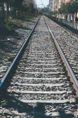Vias de tren en la ciudad