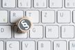 Leinwanddruck Bild - Würfel mit Paragraph Symbol auf einer Tastatur