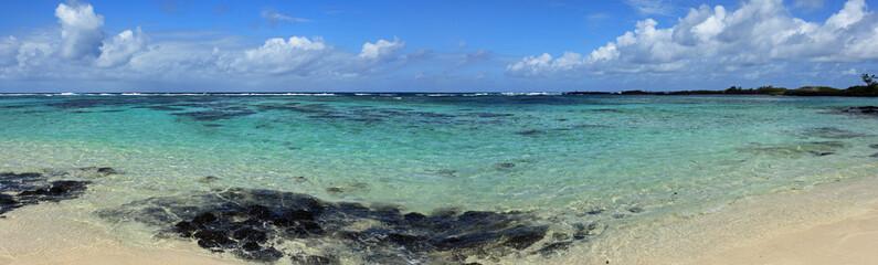 panorama sur la côte sauvage sud-est de l'île maurice