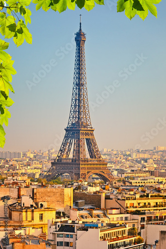 View on Eiffel tower at sunset - 80715027