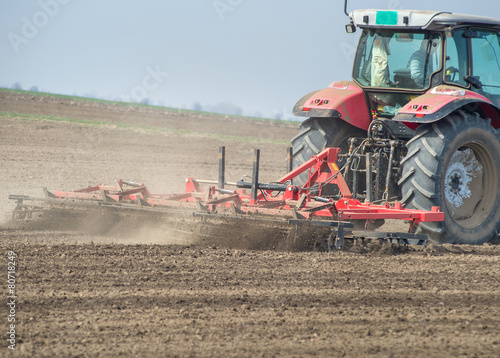 Leinwandbild Motiv preparing land for sowing