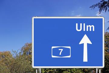 Schild A7 Richtung Ulm