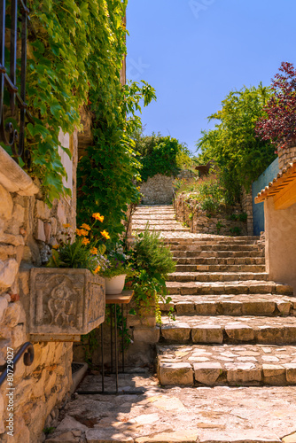 Old town in provence - 80729027