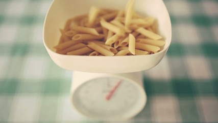 pasta falling in weight scale