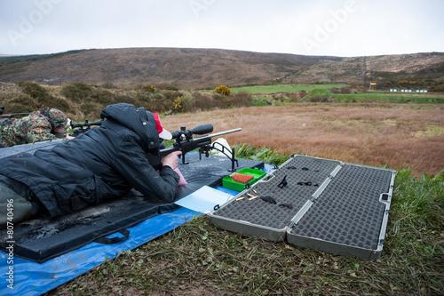 long range rifle shooting - 80740496