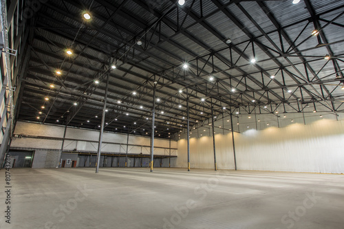 empty warehouse - 80743280