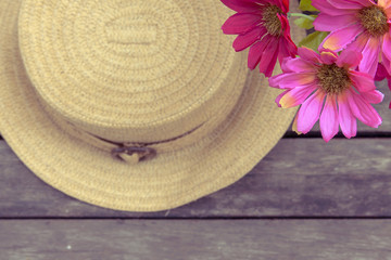Vintage tone style hat and flower