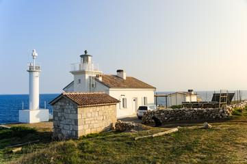 Leben im Leuchtturm am Meer