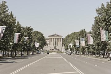 View of Washington Monument & Philadelphia Museum of Art
