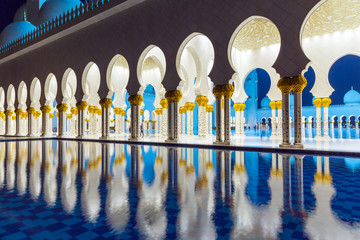 Architecture of Grand Mosque in Abu Dhabi at night, UAE