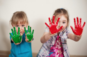 Red and green hands