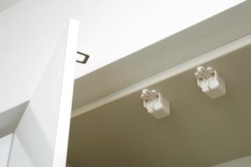 キッチン 吊り戸棚の耐震ラッチ