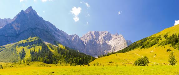 Großer Ahornboden in den Alpen in Bayern