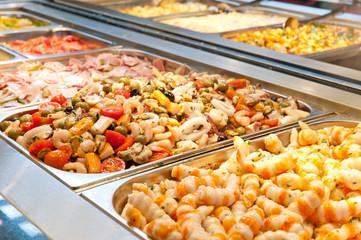 Buffet gastronomico al ristorante cinese