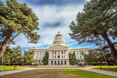 State Capitol in Sacramento Kalifornien - 80846004