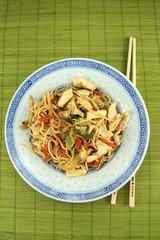 nouilles chinoises et poulet