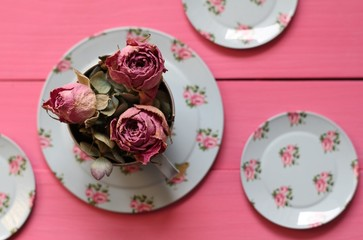 Plates of pretty roses