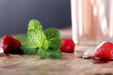 fresh mint besides strawberry drink