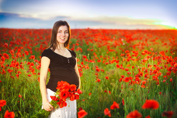poppy field, pregnant belly
