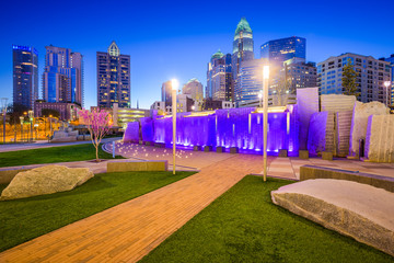 Charlotte, North Carolina, USA Skyline and Park
