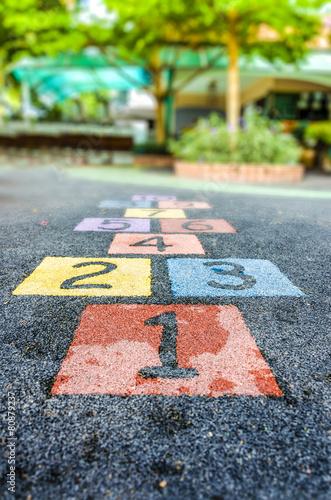 Number on playground - 80879237