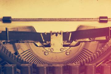 vintage typewriter, instagram retro style