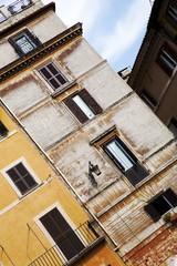 Malerische Häuserfassade in Rom, Italien