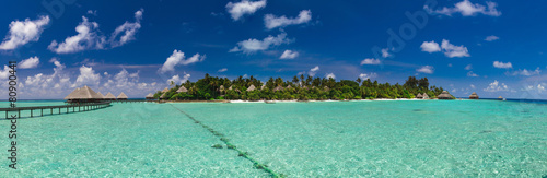 Panoramic view of the path to the island over the water - 80900441