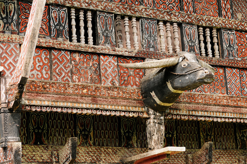 Fotobehang Indonesië Decorated facade of the traditional house in the Tana Toraja