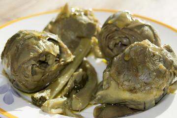 stew artichokes