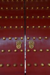 中国北京天坛的红色大门