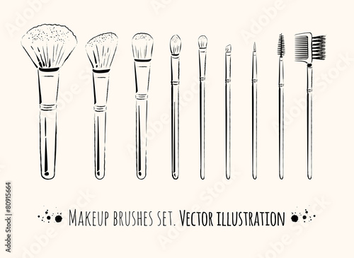 Makeup brushes kit. - 80915664